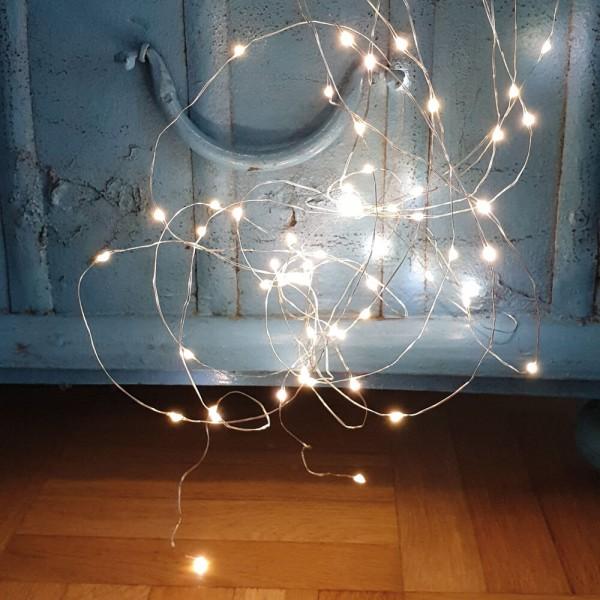 LED-Drahtbüschel L 75cm, 80 warmweiße LEDs, batteriebetrieben