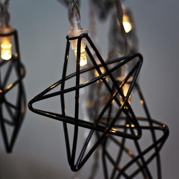 LED-Minilichterkette, schwarze Metallsterne, L 130cm, 10 warmweiße LEDs, batteriebetrieben